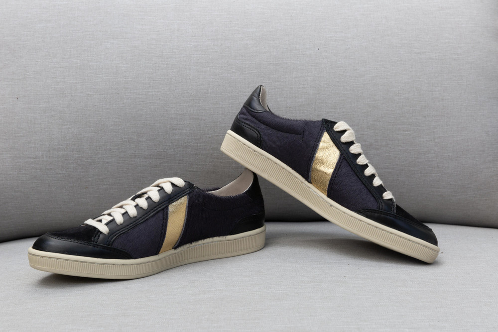 Cotelac sneakers made of smooth leather + and unique designs.  Noir Calfskin