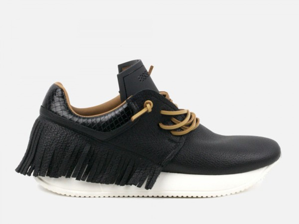 Elevate your sneaker game! These Fringed Leather Sneakers offer Italian leather, superb comfort and the perfect amount of flair to take your sneakers to the next level. Easily pair back with your favorite denim or an easy dress!