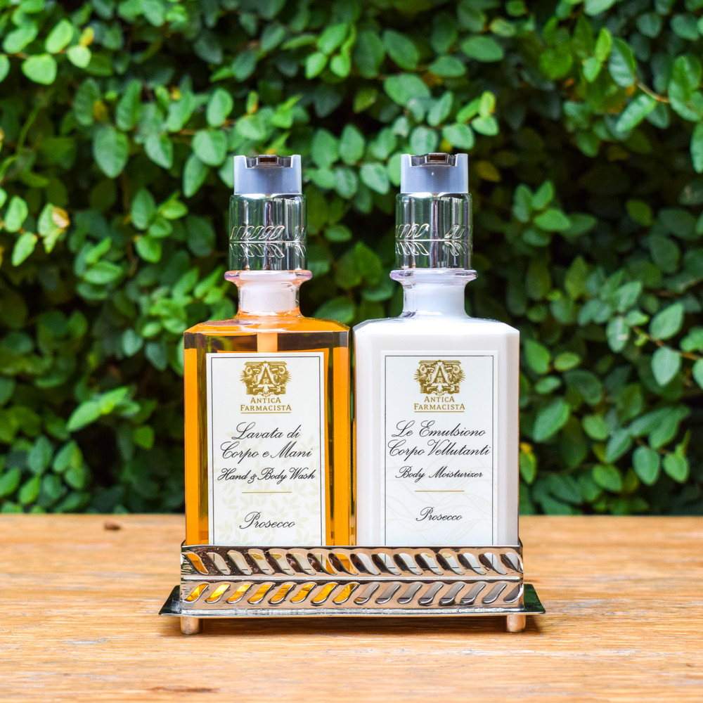 "The perfect pair to the Antica Farmacista's Body Moisturizer, this dynamic duo is what you need every time you wash your hands. The Hand and Body Wash gently cleans your hands while the moisturizes replenishes and restores, all while offering the top selling scent from Antica Farmacista.   10 oz. | 2.25""  Fragrance Notes: Top: Satsuma, Sugared Black Currant, Apricot 
