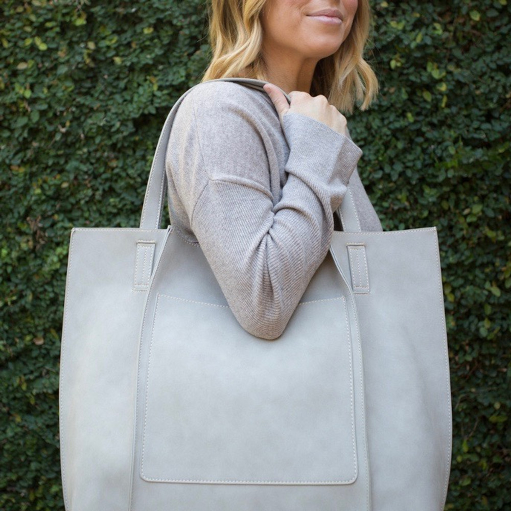 Stone  Our Shiraleah Blair Tote is a bag with great versatility and style. Elegantly made from vegan leather, the Blair tote is fun, practical, and eco-friendly.