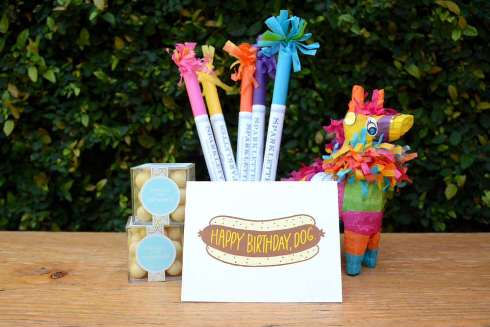 Bring a little sparkle to the party, or your everyday! Each tube of Sparklettes includes 8 party sparklers.   Sold per individual tube, 8 party sparklers per tube.