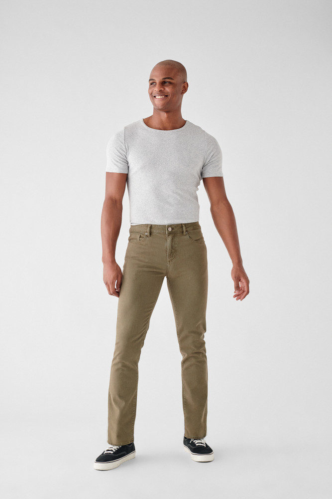 Frontier   DL1961 is known for their comfort and supreme quality. The Nick Slim Jean is no different, made of only the highest quality fabrics these will be your favorite jeans you'll never want to take off. A true slim fit with a leg that is lean through the thigh and tapered toward the ankle.