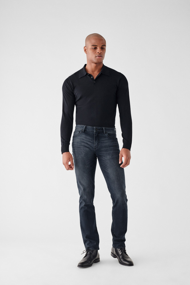 Presage   DL1961 is known for their comfort and supreme quality. The Nick Slim Jean is no different, made of only the highest quality fabrics these will be your favorite jeans you'll never want to take off. A true slim fit with a leg that is lean through the thigh and tapered toward the ankle.