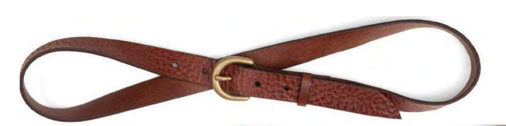 An easy belt you can wear everyday! The Classy Lady Belt in handmade in California by De Palma Leathers, the skinny but delicate width makes it perfect to wear with jeans, shorts or even a dress!