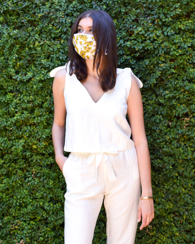 Just because we have to wear facemasks doesn't mean they shouldn't be high quality and fashionable! These masks are made using excess fabric from Christy Lynn's collection, for ever 2 masks purchased, 1 will be donated to Houston Methodist Hospital.    Mask patterns are available from an assorted collection based on fabric availability, tie masks available upon request. Please specify your preferred fabric in order notes.