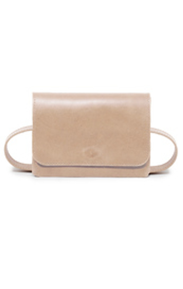 Timelessly chic the Mare Belt Bag is the perfect piece to keep your essentials close and stay hands free. Wear it around your waist or as a crossbody and never worry about where you set you bag again!