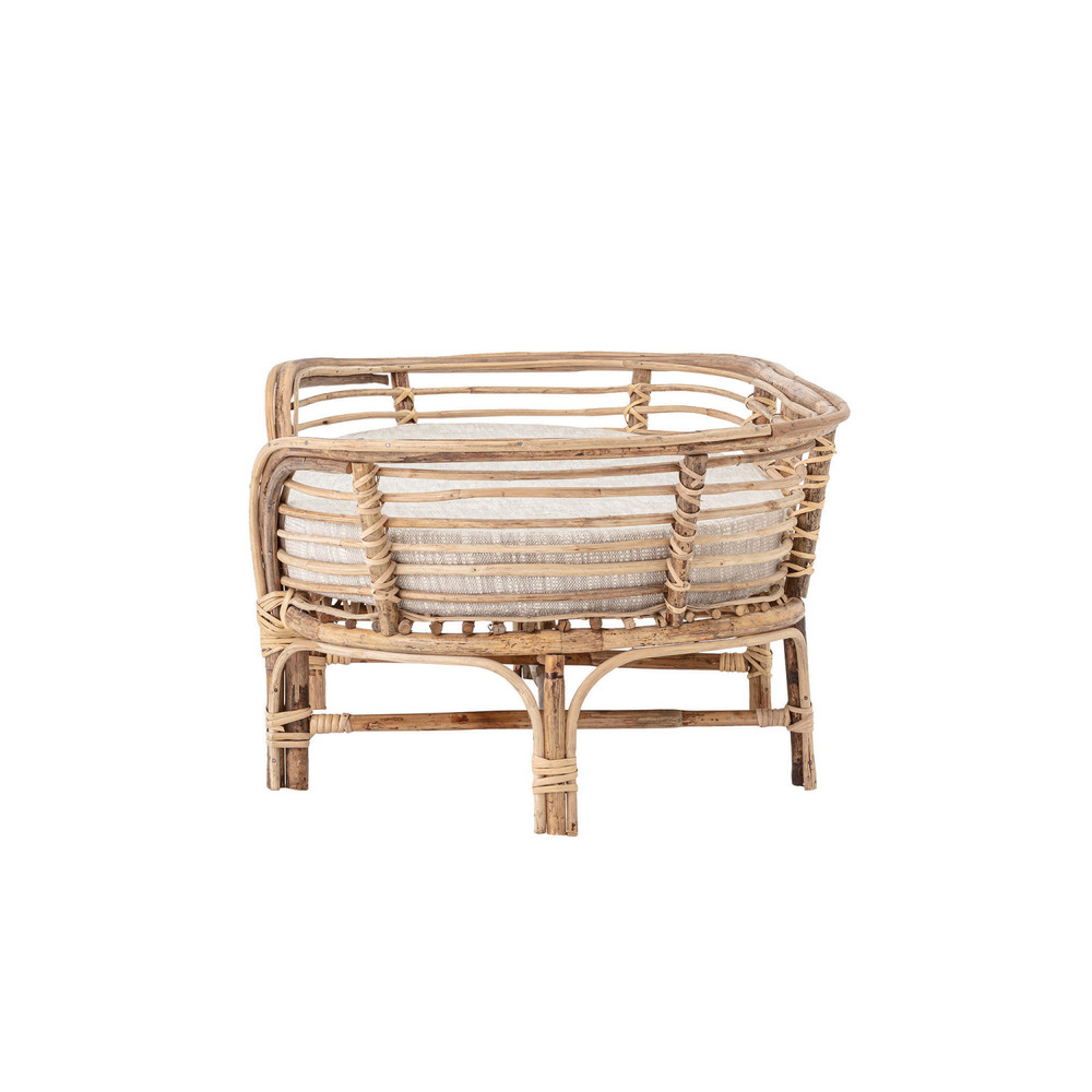Your pup deserves to sleep in style too! This Rattan Dog Bed will be an added accessory to any room!