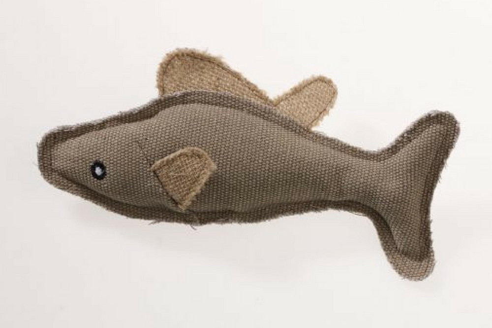 Aussie Naturals Cat Toys are designed to bring out your cat's natural instincts. The Aussie Naturals Fish with Catnip is stuffed with natural catnip.