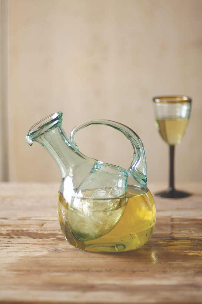 Tilted Wine Decanter w. Ice Pocket