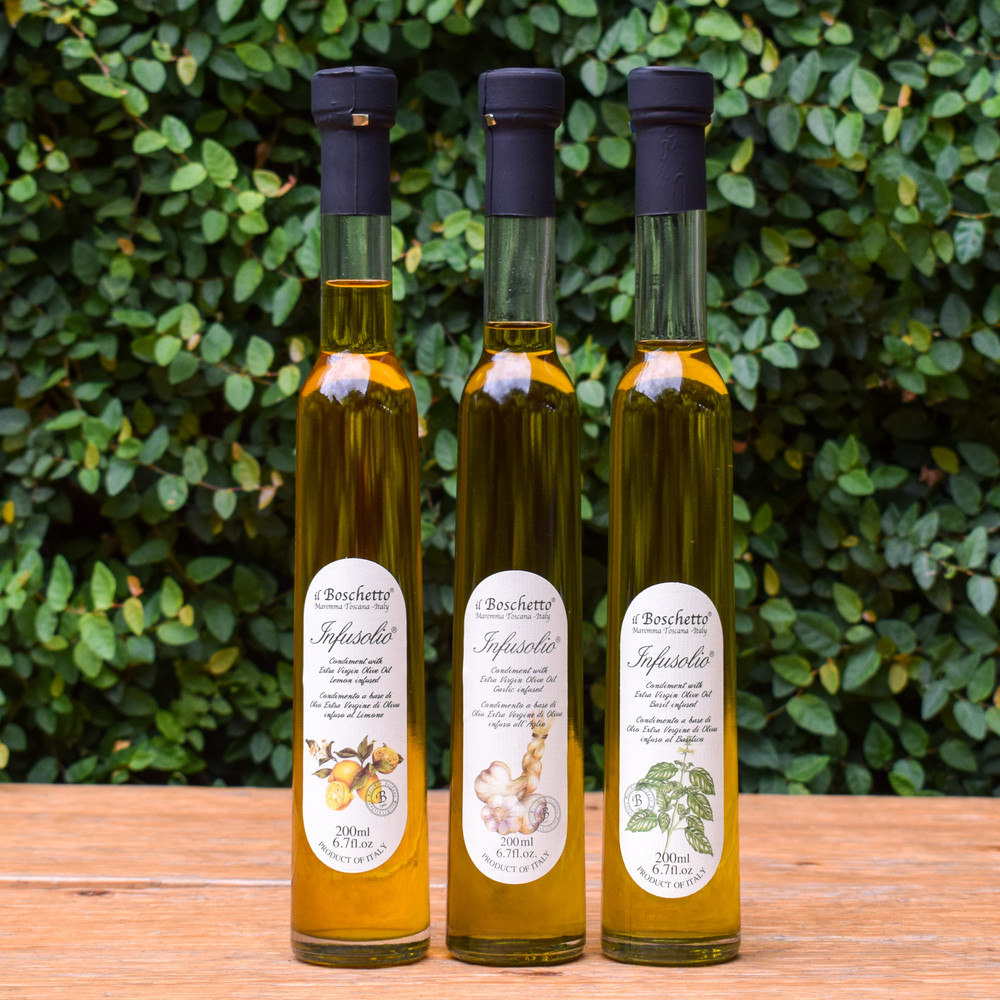 The Il Boschetto olive oil is as beautiful as it is flavorful. Extra virgin olive oil is infused with lemon is perfect for white fish, fresh salads, or crostini with goat cheese!
