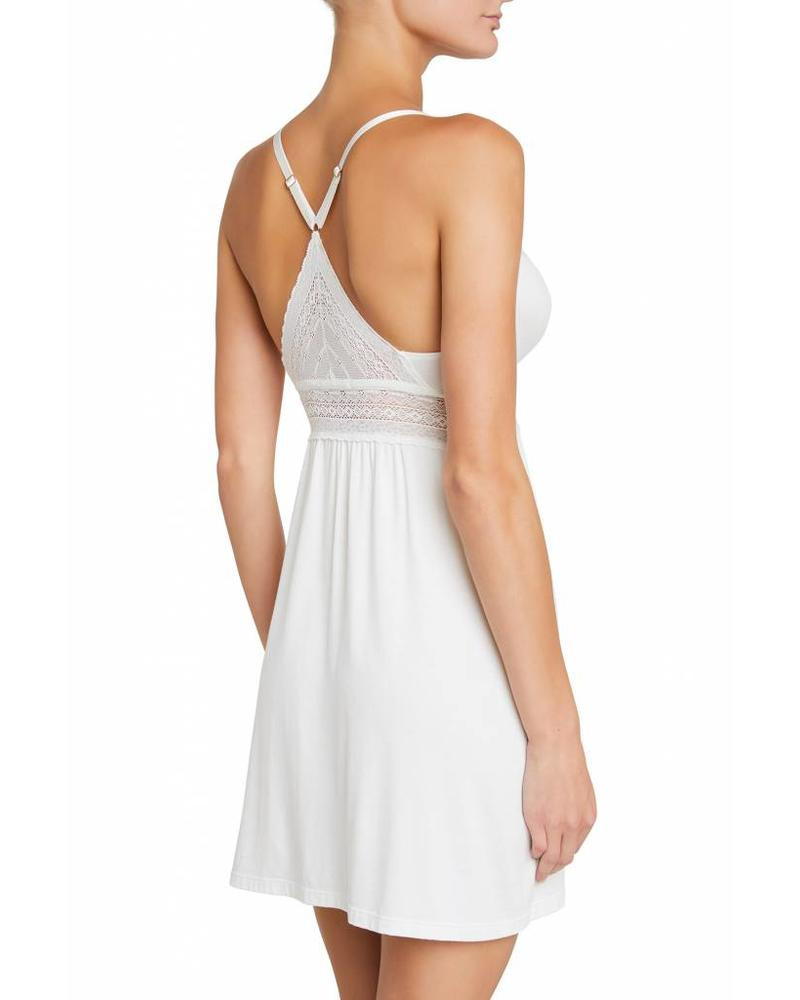 The romantics chemise features a racerback fit, adjustable straps and dainty rose gold hardware.