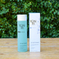The ultra rich make-up removing gel is the perfect cleanser for all skin types. Powerful enough to remove eye and face makeup, and delicate enough to enrich and hydrate leaving you feeling refreshed. Great for dry and dehydrated skin as well as mature skin types.