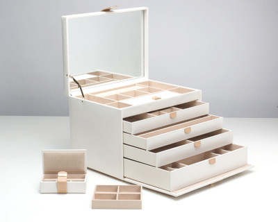 Chloe Jewelry Box