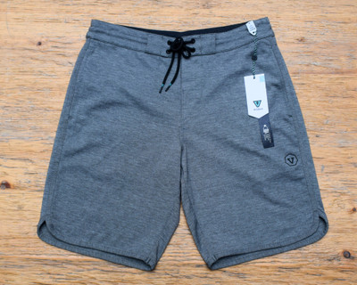 "Sofa Surfer 20"" Short"