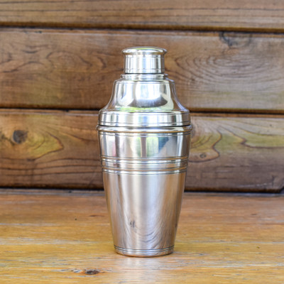 Hand-crafted in Italy and containing 95% tin, Match produces a line of modern heirlooms that are sure to be enjoyed for generations.     The perfect accessory for your at home bar, this all pewter cocktail shaker brings a traditional feel and uncompromised function.
