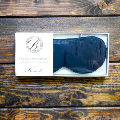 Caress your face with luxurious Branché Silk to protect the delicate skin surrounding your eyes, while inducing a deeper and more regenerative sleep. 100% Silk, from the inside out. Fitted to keep light out which encourages your body's melatonin production that helps restore the skin's natural antioxidant power and promote the growth of collagen while allowing skin's deepest recovery. Branché exclusive soft fit band is hand sewn by artisans to achieve exquisite comfort and eliminate hair damage with a universal designed size to fit all beautifully and comfortably. Protect your eyes, sleep your deepest and wake up rejuvenated; beauty's best regimen.