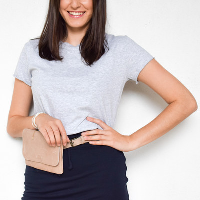 You've finally found that basic tee, that is anything but basic. The Vintage tee is made of luxurious cotton to give you an ultra soft top that you can dress up, dress down, and wear everywhere. The collar is the perfect crew cut while the sleeves raw hems offer forgiveness without being to loose. To top it all off the side slits and elongated shirt tail make it great to wear tucked in, untucked, or front tucked.