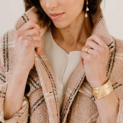 Arianna Cuff - Gold