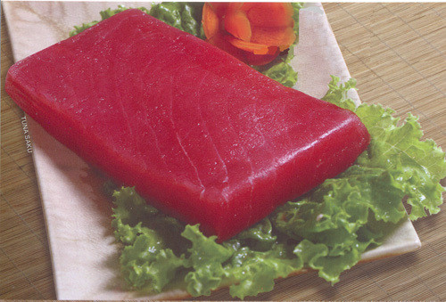 Frozen Tuna steak Sashimi grade (per pc)