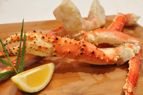 Alaskan King Crab Cooked (900g per bag)