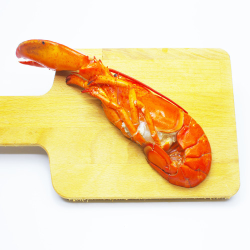 Cooked Boston Lobster Half Cut 200g