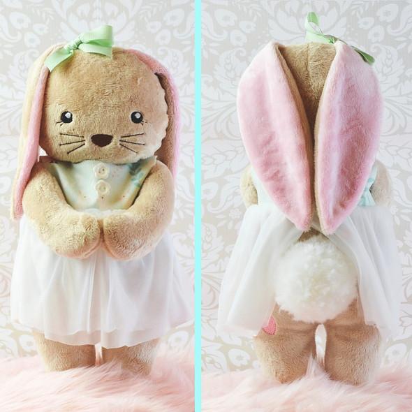 In The Hoop Beatrice Bunny Set
