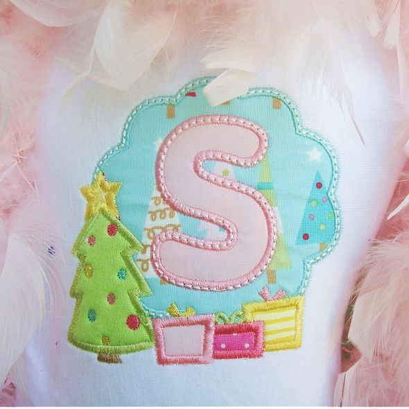 Christmas Tree Frame Alpha Machine Embroidery Design