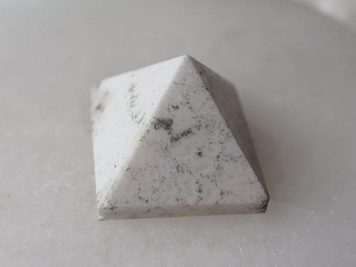 Scolecite Pyramids