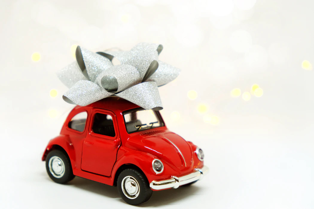Car Bows—The Best Way to Draw Attention to New Cars in Your Dealership!