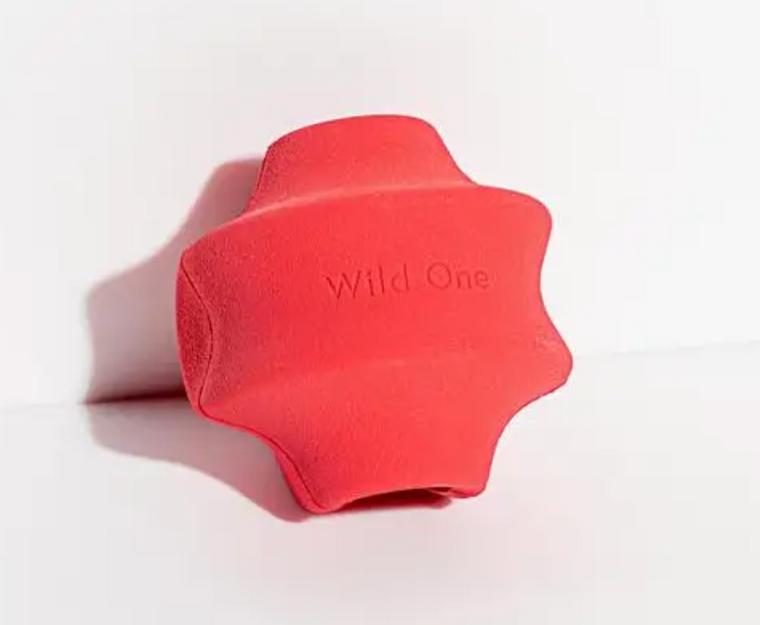 WILD ONE RED TWIST TOSS