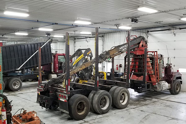 Fully Equipped Truck Shop