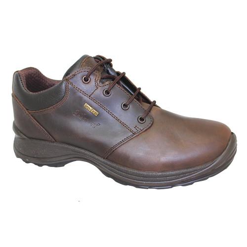 Leather walking shoe
