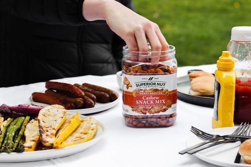 Honey Roasted Cashew Snack Mix, 28oz Jar Outdoors