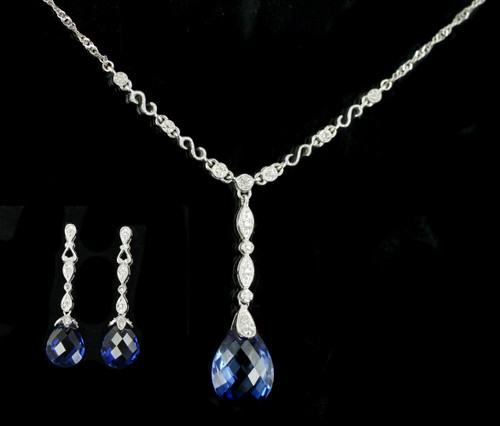 Vintage 10k White Gold Blue 22ct Synthetic Sapphire & Diamond Necklace Earrings Set