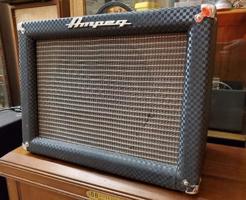 Vintage Early 1960s Ampeg Jet J-12-A~~ 1x12 Guitar Combo Blue Check Tolex