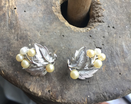 Vintage Signed Crown Trifari  Alfred Philippe Brushed Finish Pearl Clip Earrings