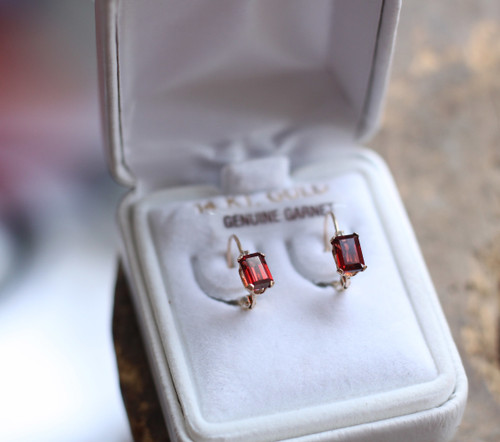 Vintage 14k Yellow Gold Garnet Baguette Topaz  Lever Back Delicate Earrings