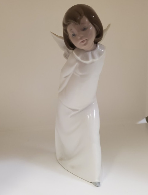 Vintage 1977 Lladro 4960 Curious Angel Porcelain Figurine Made in Spain