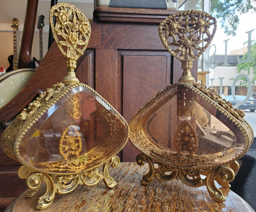 Pair of Vintage Matson Stylebuilt 24K Ormolu Snake Mesh Vanity Perfume Bottles
