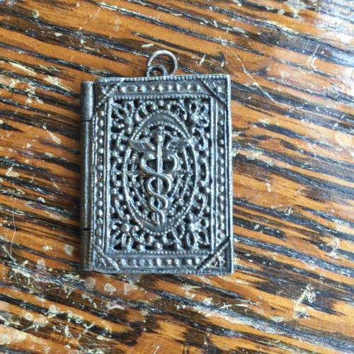 Antique Deco Silver Metal all Over Filigree Caduceus Glyph Medicine Locket 1 3/8