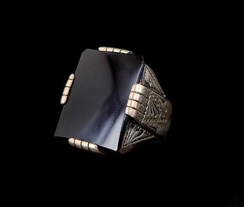 Old Pawn Navajo Sterling Unisex Black Onyx Big Impressive Ring sz 9 Vintage