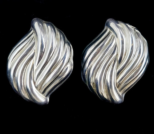 Vintage Sterling Taxco Mexico Puffy Swirl Modernist Clip On Earrings 2""