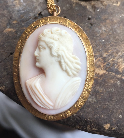 "Antique 10K Gold Victorian Pink Angel Skin Coral 3D Cameo Filigree Necklace 18"""