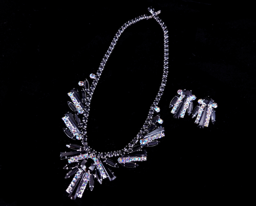 Vintage Juliana Jet Glass Diamond Rhinestone Geometric Necklace Earring Set