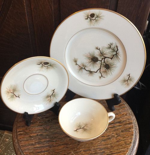 Vintage Hard To Find Discontinued LENOX Pine Pattern W331 Teacup Saucer Plate