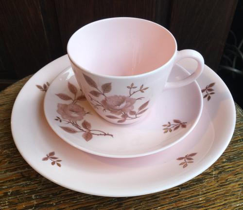 "Vintage MidCentury Wedgwood ALPINE ROSE W4286 Teacup Saucer - 8"" Plate Gold Leaf"