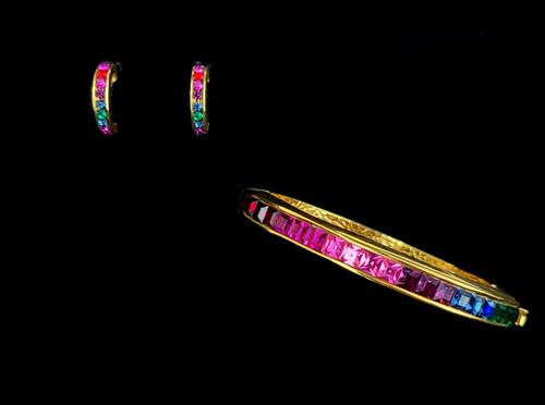 Vintage Gold Tone Rainbow Princess Cut Rhinestone Bangle Bracelet Earring Set