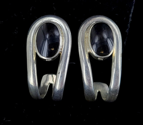 Vintage Sterling Black Onyx Taxco Mexico TE-30 Post Back Curved Earrings 1.25""