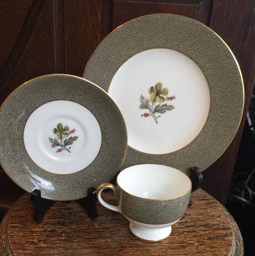 "Vintage Rare Wedgwood Elaine Flecked Gray Enamel- W4241 Teacup Saucer & 8"" Plate Set"