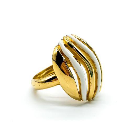 Vintage Retro Trifari Gold Tone White Enamel Abstract Mod Ring Size 5.25